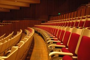 Bestuhlung in der Konzerthalle