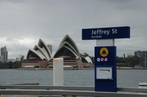 Sydney Oper vom anderen Ufer aus