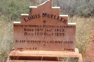 Grabstein auf dem neuen Friedhof
