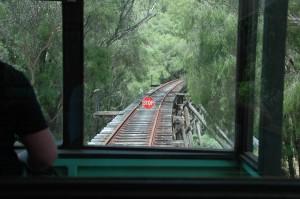 Ende der Fahrt: die Brücke macht's nicht mehr