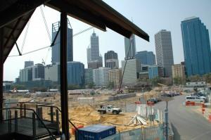 Blick vom Annalakshmi über Baustelle und Skyline
