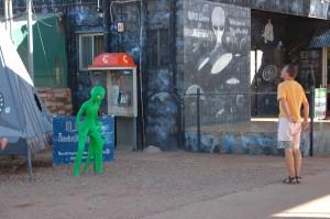 Frank trifft auf Alien