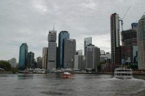 Brisbane Skyline vom Brisbane River aus gesehen
