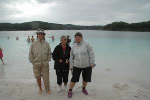 Lake McKenzie auf ca. 100 Meter Höhe mit kristallklarem Wasser
